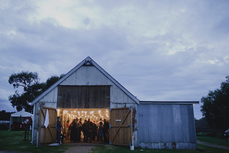 Wedding photography, the barn at the Briars