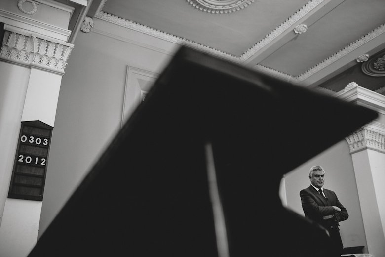 reverend, piano and the date, hobart wedding