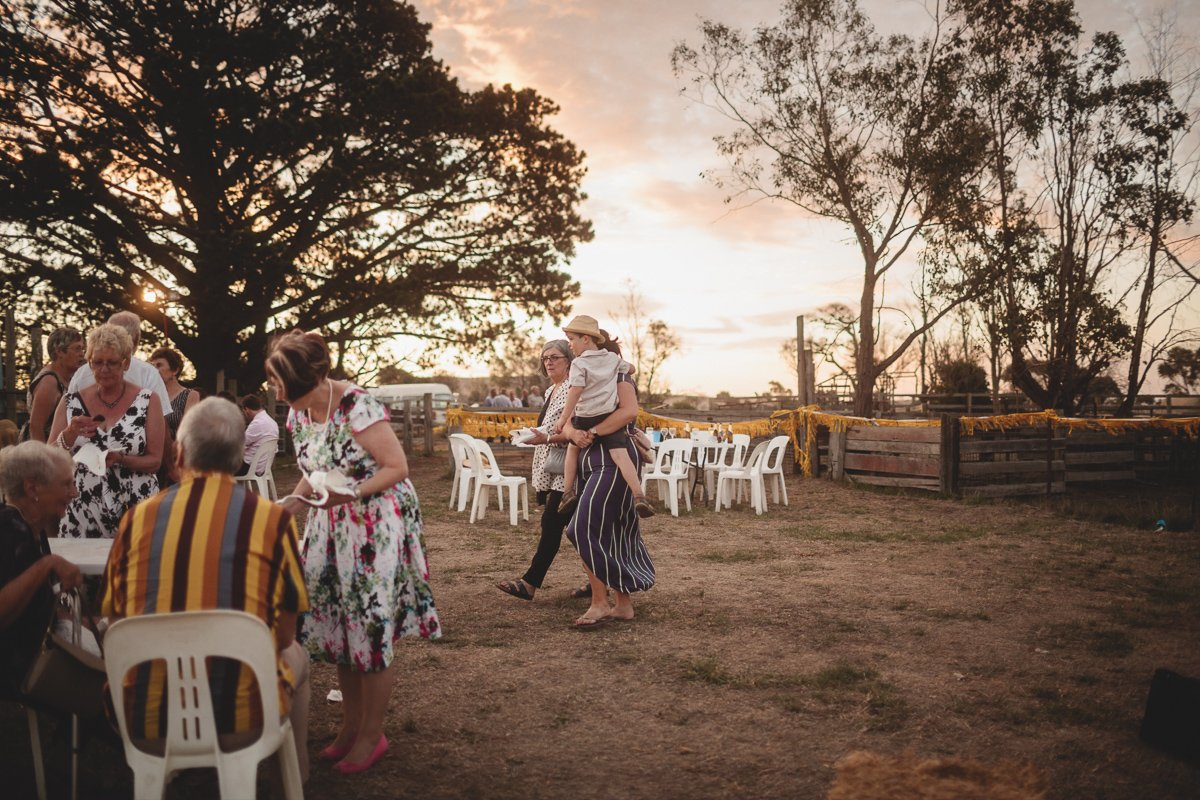 farm wedding photographer001